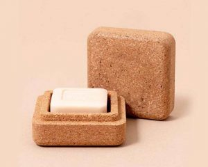 Petite boite pour transporter cosmétique solide